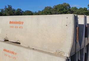3.6m JJ Hook Concrete Safety Barrier