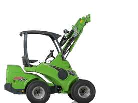 Avant 530 Articulated Mini Loader with Telescopic Boom - picture0' - Click to enlarge