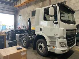 2021 DAF CF450 FAD 8X4 - Hook Lift - picture0' - Click to enlarge