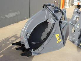HYDRAULIC GRAPPLE FOR 3-4T EXCAVATOR - picture13' - Click to enlarge