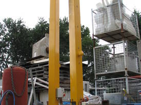 Vacuum Lifting System Bag Sack Lifter with Gantry  - picture1' - Click to enlarge