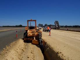 6510PD , offset ,  sub soil trencher - picture2' - Click to enlarge