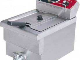 F.E.D. EF-S7.51 10 Amp Single Benchtop Electric Fryer - picture0' - Click to enlarge