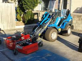 MULTIONE 8.4S TWO SPEED MINI LOADER - picture9' - Click to enlarge