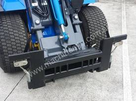 MULTIONE 8.4S TWO SPEED MINI LOADER - picture12' - Click to enlarge