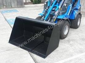 MULTIONE 8.4S TWO SPEED MINI LOADER - picture14' - Click to enlarge