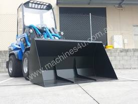 MULTIONE 8.4S TWO SPEED MINI LOADER - picture16' - Click to enlarge