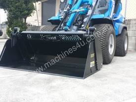 MULTIONE 8.4S TWO SPEED MINI LOADER - picture17' - Click to enlarge