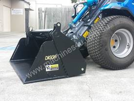 MULTIONE 8.4S TWO SPEED MINI LOADER - picture20' - Click to enlarge