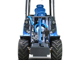 MULTIONE 8.4S TWO SPEED MINI LOADER - picture4' - Click to enlarge