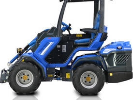 MULTIONE 8.4S TWO SPEED MINI LOADER - picture3' - Click to enlarge