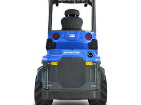 MULTIONE 8.4S TWO SPEED MINI LOADER - picture5' - Click to enlarge