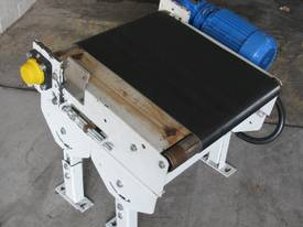 Small Motorised Conveyor - 0.5m long - picture5' - Click to enlarge