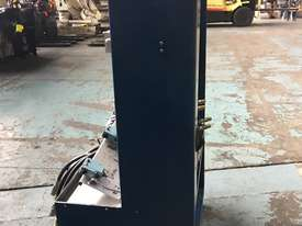 Hydraulic Test Bench Training Unit portable on cabinet - picture3' - Click to enlarge
