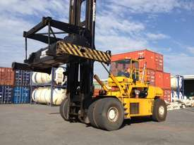 OMEGA 48E DCH CONTAINER HANDLER - picture0' - Click to enlarge