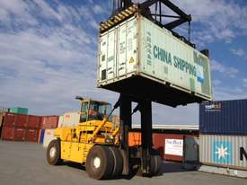 OMEGA 48E DCH CONTAINER HANDLER - picture1' - Click to enlarge