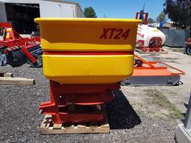2018 TEAGLE XT24 DOUBLE DISC LINKAGE SPREADER (675L) - picture5' - Click to enlarge