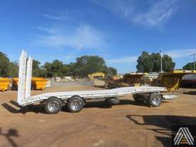 2018 NEW FWR TRI AXLE DOG TRAILER - picture3' - Click to enlarge
