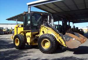 Good Condition Caterpillar Loader