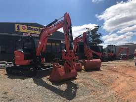 For Dry Hire Near New Kubota U55-4 Excavator with Power Tilting Head, Buckets & Ripper, Air Cond Cab - picture0' - Click to enlarge