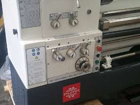 New Puma L510 x 1500mm Lathe - picture5' - Click to enlarge