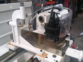 New Puma L510 x 1500mm Lathe - picture14' - Click to enlarge