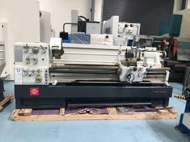 Puma 1500mm BC   510mm swing gap bed lathe Incl Digital Readout - picture0' - Click to enlarge