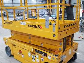 Large deck electric sissor lift - picture2' - Click to enlarge