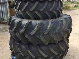 Firestone 6125m Tyre/Rim Combined Tyre/Rim - picture0' - Click to enlarge