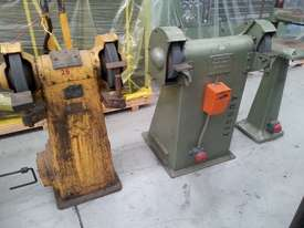 used pedistal grinder - picture0' - Click to enlarge
