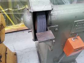 used pedistal grinder - picture1' - Click to enlarge