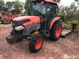 Kubota L5240HDC - picture3' - Click to enlarge
