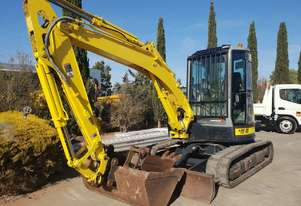 YANMAR VIO55-5B EXCAVATOR WITH RUBBER TRACKS, A/C CAB, HITCH AND BUCKETS
