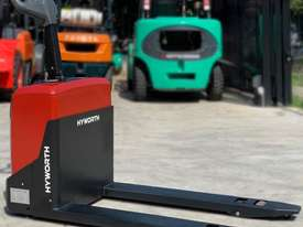 HYWORTH 2T Electric Pallet Mover HIRE from $155pw + GST - picture2' - Click to enlarge