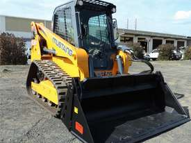 Excellent Condition Mustang Skid Steer. Only 53 Hours On The Clock! + Attachments. - picture0' - Click to enlarge
