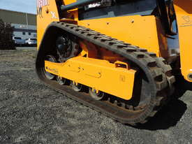 Excellent Condition Mustang Skid Steer. Only 53 Hours On The Clock! + Attachments. - picture6' - Click to enlarge