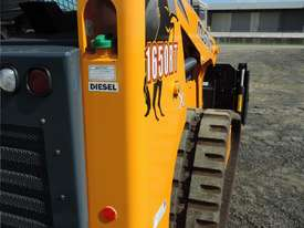 Excellent Condition Mustang Skid Steer. Only 53 Hours On The Clock! + Attachments. - picture8' - Click to enlarge