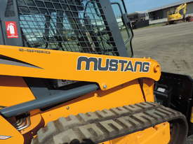Excellent Condition Mustang Skid Steer. Only 53 Hours On The Clock! + Attachments. - picture16' - Click to enlarge