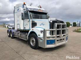2011 Freightliner Coronado - picture1' - Click to enlarge