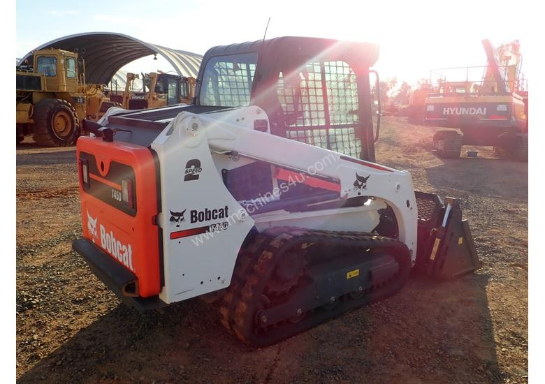 Bobcat T450 Tracked Skidsteer Loader