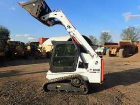 Bobcat T450 Tracked Skidsteer Loader - picture9' - Click to enlarge