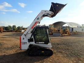 Bobcat T450 Tracked Skidsteer Loader - picture10' - Click to enlarge
