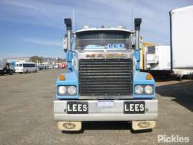 1997 Mack CLR SL 111 - picture0' - Click to enlarge