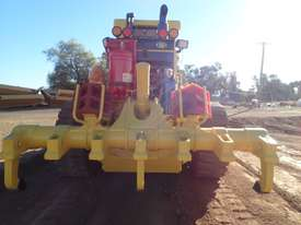 2011 Komatsu GD825A-2 Grader - picture4' - Click to enlarge