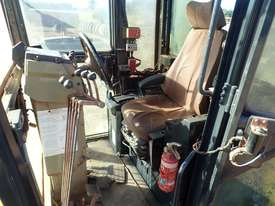 2011 Komatsu GD825A-2 Grader - picture6' - Click to enlarge