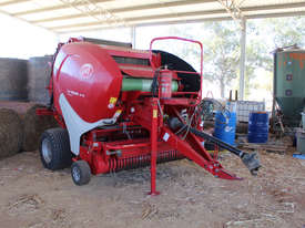 Welger RP445 Round Baler Hay/Forage Equip - picture0' - Click to enlarge