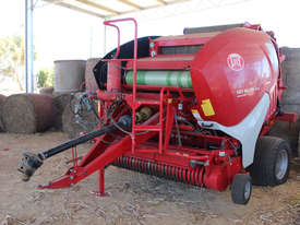 Welger RP445 Round Baler Hay/Forage Equip - picture2' - Click to enlarge