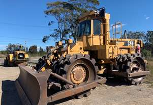 COMPACTOR CATERPILLAR 825C IN GOOD ORDER, ROPS CABIN, FRONT BLADE READY FOR WORK RING SHANE 0412 682
