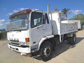 Mitsubishi FM 10.0 Fighter Tipper Truck - picture2' - Click to enlarge