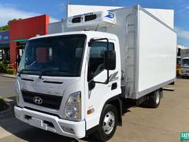 2019 Hyundai MIGHTY EX6  Refrigerated Truck   - picture0' - Click to enlarge